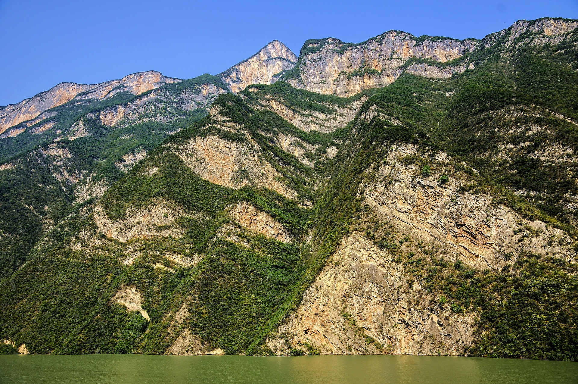 the-three-gorges-788295_1920